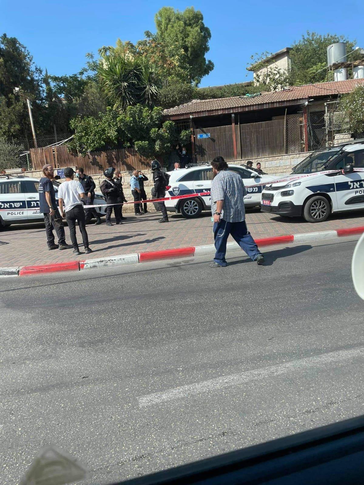 As four Sheikh Jarrah families await critical High Court ruling, Israeli settler opens fire, injures Palestinian